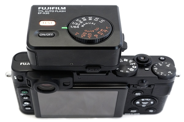flash fujifilm EF-X2