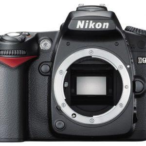 Nikon D90 ( Body )