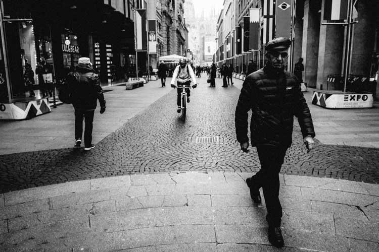 Fujifilm-xf-18mm-f2-with-street-photo