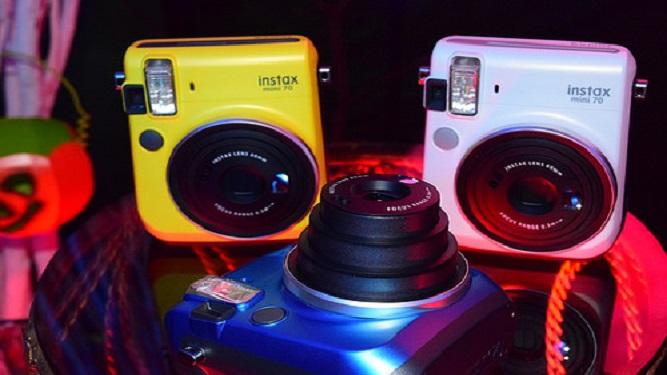 máy ảnh fujfilm instax mini 70