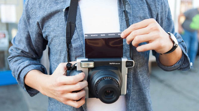 máy ảnh fujifilm instax wide 300