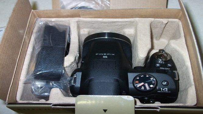 máy ảng fujifilm s4000
