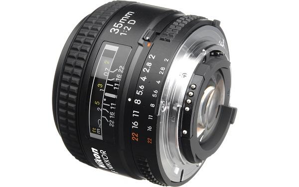 nikon-af-35mm-f2d