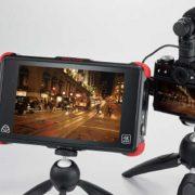 quay-video-4k-cung-man-hinh-HDMI-và-microphone